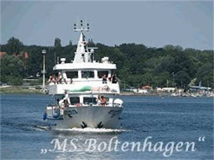 Das ist die MS Boltenhagen im Liegeplatz