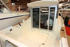Bild Motorboot von Aussen
