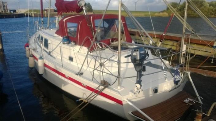 Die Yacht bei der Segelschule & Motorbootschule Bielersee - Dürrenmatt18