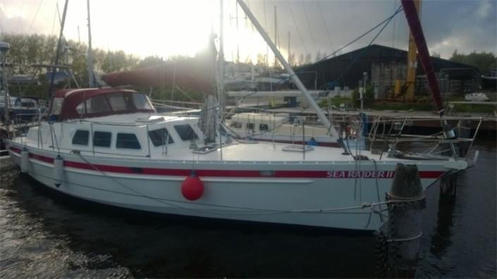 Die Yacht bei der Segelschule & Motorbootschule Bielersee - Dürrenmatt26