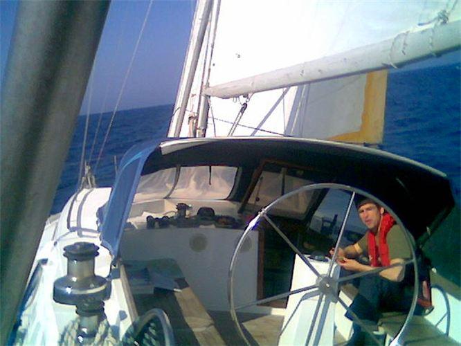 Die Yacht bei der Segelschule & Motorbootschule Bielersee - Dürrenmatt7